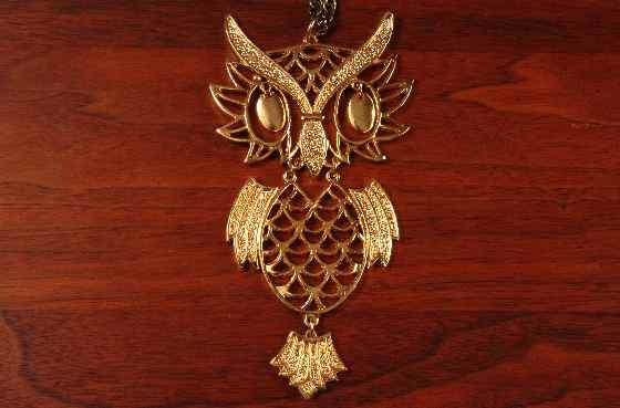 vintage owl necklace articulated gold tone