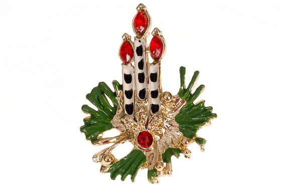 candle brooch-1